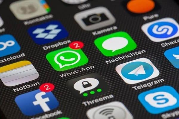 Como entrar no WhatsApp pelo Celular